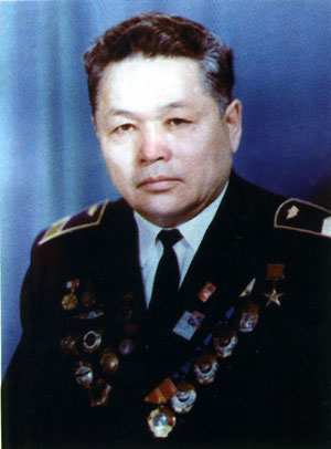 Заслуженный пилот СССР Валерий Ильич Кузмин