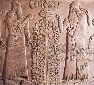 """El """"hom"""" o árbol de la vida de Asurnasirpal II, Palacio noroccidental de Nimrud.Ortostato asirio.Alrrededor del cual se ordena el universo."""