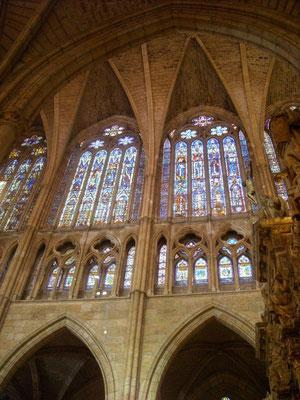 Catedral de León : proporción y belleza, morada de Dios