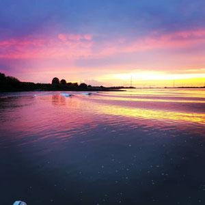 Elbe bei Hamburg Sonnenuntergang