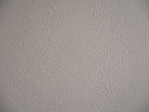 壁紙 画鋲あと 施工後