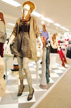レディス靴下のSPA「チュチュアンナ」の2013年秋冬展示会