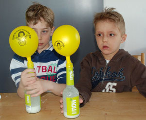 Kohlenstoffdioxid im Luftballon
