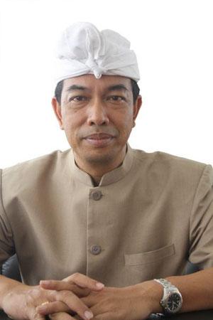 Der Leiter der Kultur- und Tourismusbehörde von Buleleng