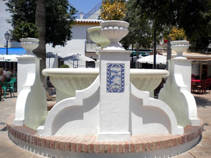 Azulejos para la Plaza de España de Benalmádena.