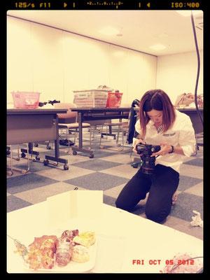 今日の商品撮影もたくさんありました☆飲食物を撮ったり…