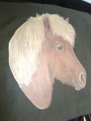 dieser Ponykopf zierte lange Jahre meinen Parker-Rücken.