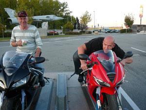 Peter auf Fireblade, Mike auf Daytona 675
