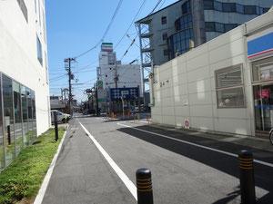 この道です。