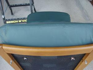 塗装して完成。 座面の側面