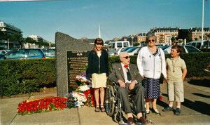 18 juin 2001 - Le Commandant FRATACCI et Odette BIRABEN (Marinette, Française Libre)