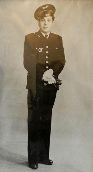 Jean Maridor en grande tenue d'aviateur