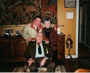 Novembre 2000 - A son domicile rue du Dr Bellot avec son épouse et Michel Pérot