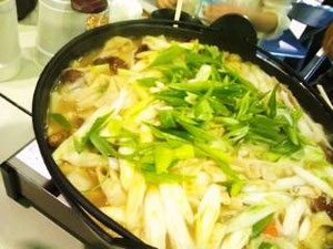 季節の野菜と一緒に煮込みます。完成!