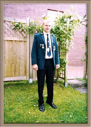 2003/2004 Simon Dresing
