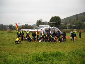 I cinofili e l'elicottero AIB