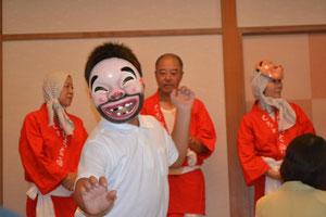 ちょっとこ(宮崎の伝統芸能)なのですが、、、この子は池ちゃんの長男です。ハマってる