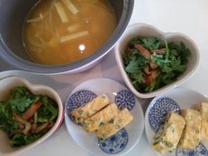 大阪兵庫で家事代行サービスの食事作りの朝食で春菊