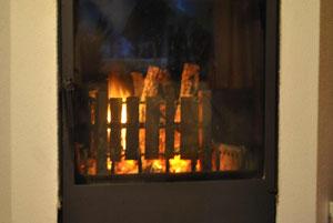 Feuerkorb mit Restabbrand