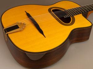 セルマー・マカフェリ・ギターのブリッジ
