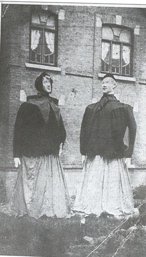 Zante et Rinette en 1948. Les postures d'origine, tel qu'elles avait été conçues par Marcel Demarez.