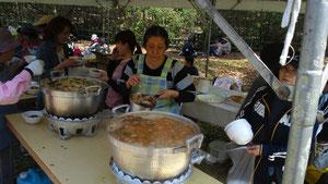 お昼休みには美味しい竹の子のお味噌汁