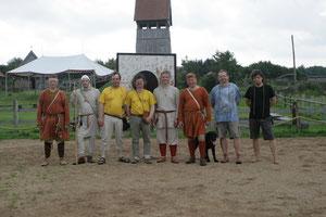 Die Teilnehmer, Beobachter und Preisrichter. V.l.n.r.: Buteo, Odo, Jaegoor, Isidorus, Jörn, Hermann, Fundi, Hubert. Und Gregor natürlich.