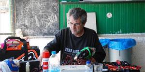 Mein Freund Stelios Chatzopoulos der GREECE-RACER Klick hier zur Rennstrecke längste Runde 480 Meter
