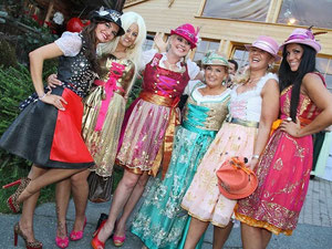 Bachelor Ladies und Rosi Almrauschparty 2012