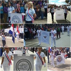 Desfile Civico-Estudiantil en honor a los 441 años de Villarrica y al bicentenario Patrio
