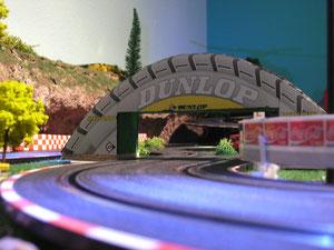 Dunlop Le Mans Brücke
