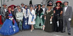 Tanzgruppe mit der Queen der Steubenparade