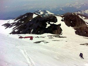 3本目 朝日岳下、大斜面滑降、N村さん