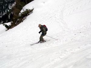 勝原スキー場ゲレンデを滑走、K川kさん