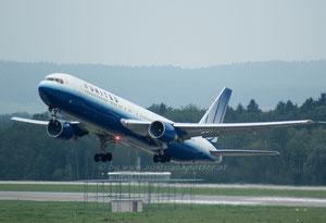 United Airlines ***** B 767-322/ER *****N648UA