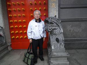 台北の道教寺院にて