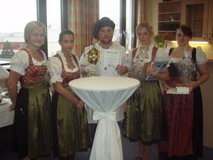 Kompliment, das Team vom Hotel Plankl hat wieder den ersten und zweiten Platz bei den Hotelfachfrauen, und den 2. Platz bei den Köchen, erhalten.