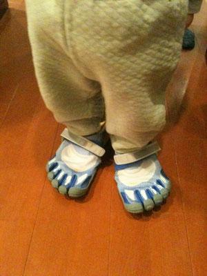 なぜか履きたいらしい。
