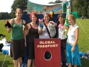 Gründungsteam und Stück für Bleiberecht  Rosita bleibt im Wald