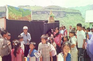 Puppenbühne Diversidad in Chiapas Mexiko