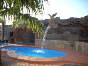 piscinas de poliester forma riñon Oporto
