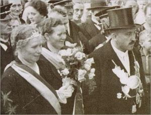 König Bernhard I. (Wilhelmann) und Königin Maria I. (Schäfer)
