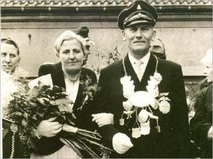 König Wilhelm I. (Wessel) und Königin Maria II. (Schneider)
