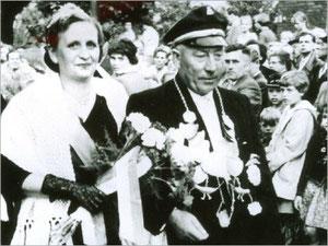 König Bernhard II. (Middelmann) und Königin Juliane I. (Pottink)