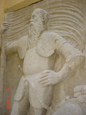 2003 Figurale Applikationen u. Epitaphe / Pfarrkirche Raggendorf /  Schleifsandstein, Kalksandstein