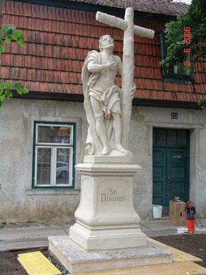 2006 Hl. Dismasstatue / Retz / Zogelsdorfer Kalksandstein