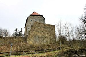 Burgkapelle, Stein