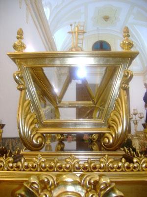 Detalle de la urna del paso del Santo Entierro