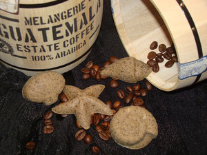 die Reste des Leims- Latte Macchiato Muscheln