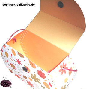 Handtasche aus Papier für Geschenke